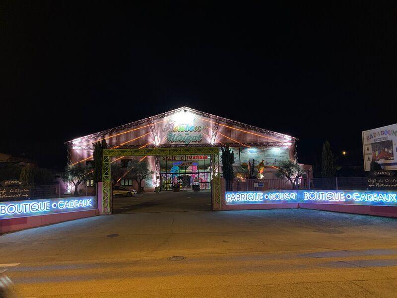 Palais des Bonbons du Nougat et des Souvenirs