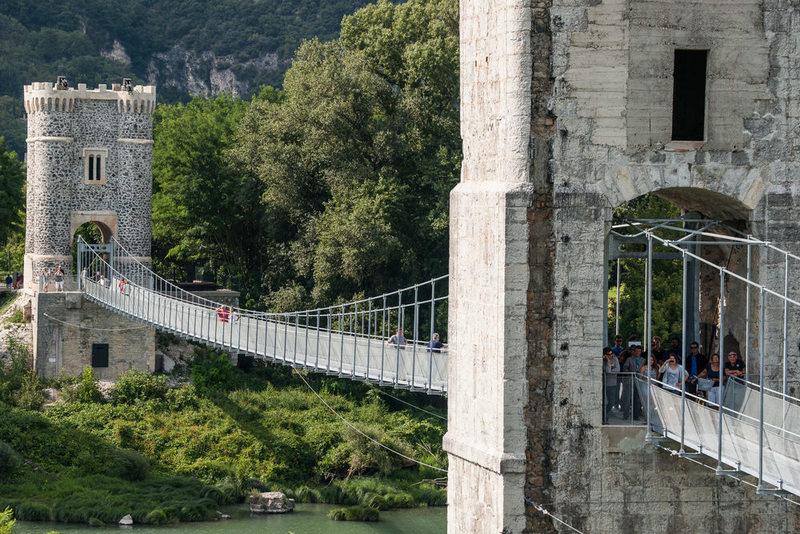 La Passerelle Himalayenne (Le Vieux Pont)