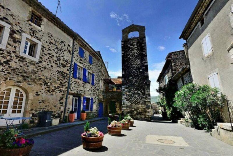 Village dAlba-la-Romaine
