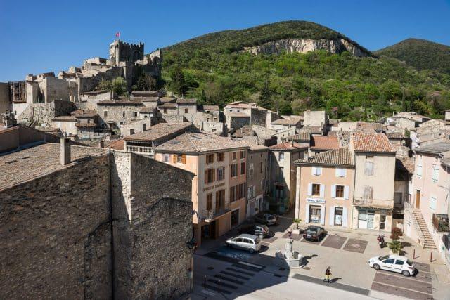 cruas-ruelles-village-medieval
