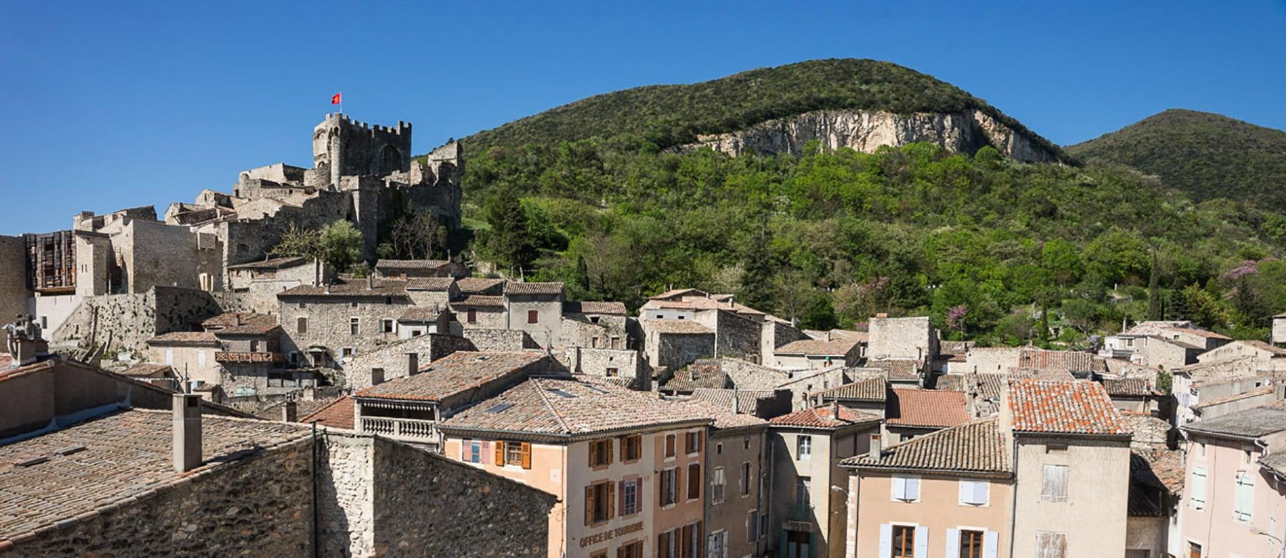cruas-ruelles-village-medieval-hauteurs
