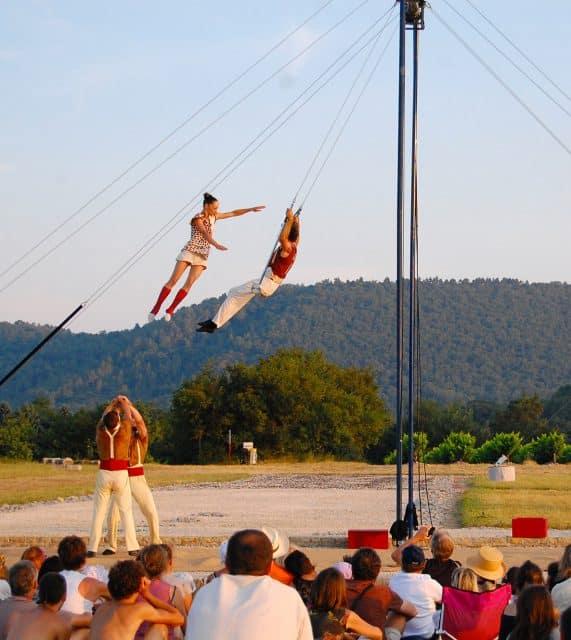 festival-alba-la-romaine-cirque