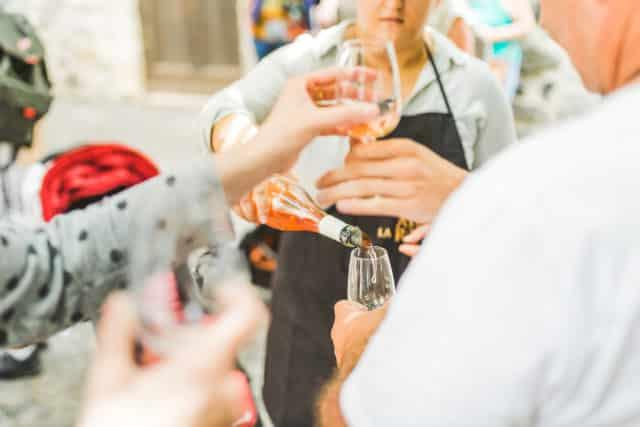 Visites guidées à Alba-la-Romaine et dégustation vins